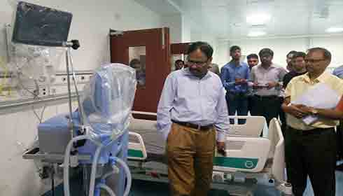 Dr Jagdish Prasad on inspection at Safdarjung hospital