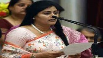 Anupriya Patel speaking in a function